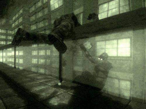 Screenshot of Sam Fisher throwing a guy off the balcony